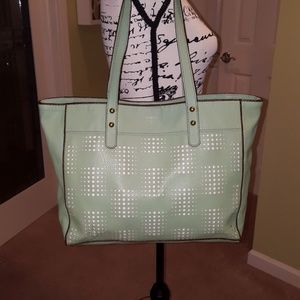 EUC Fossil Vegan leather cut-out mint green tote